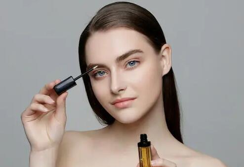 睫毛增长液是什么