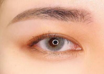 眉毛保养液