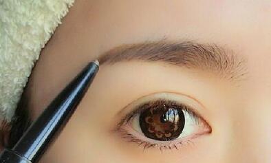 眉毛保养知识有哪些