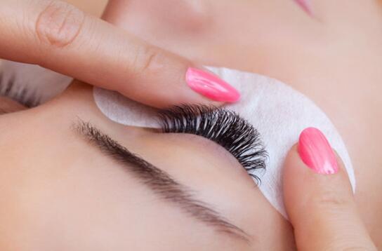 睫毛种植技术