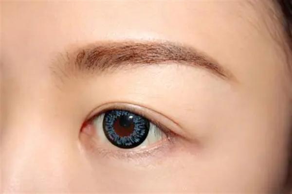 韩式眉毛种植