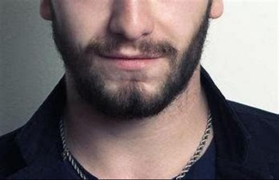 胡须种植有用吗