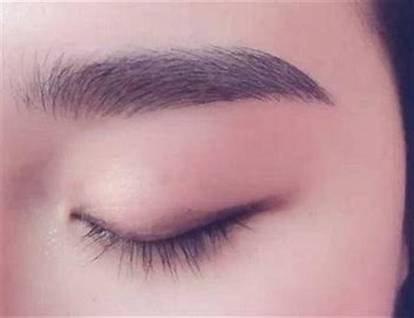 睫毛生长的周期是多久